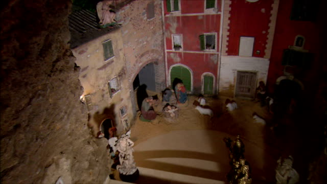 WS ZI ZO View of Presepi (Italian Nativity/manger scenes) / Italy