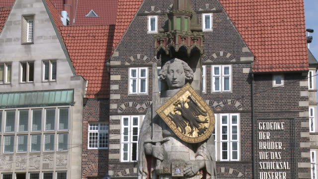 MS View of Roland statue at market square / Bremen, Germany