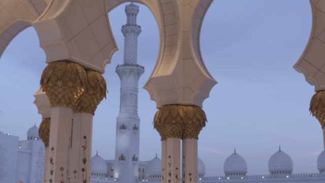 MS T/L View of sheikh zayed mosque columns / Abu Dhabi, United Arab Emirates