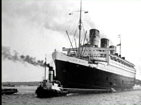 B/W View of ship, England / AUDIO
