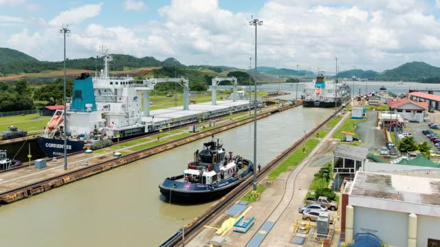 WS T/L View of ships crossing from Pacific to Atlantic ocean through Miraflores locks / Panama