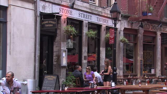 WS View of stone street tavern at 52 stone St / New York City, New York, USA