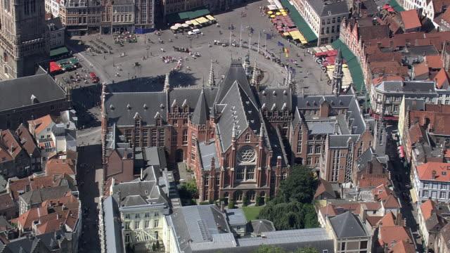 MS AERIAL ZI ZO PAN View of street caf̩ at market in city / Flanders, Belgium
