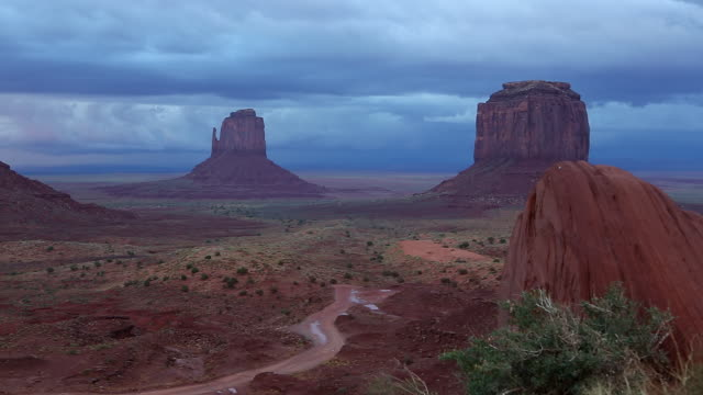 WS PAN View of the landscap of monument valley at dusk / Monument Valley, Utah, United States