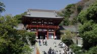 WS View of tourist at Tsurugaoka Hachimangu shrine / Kamakura, Kanagawa, Japan