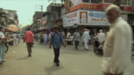 WS PAN View of traffic on street / Rajkot, India