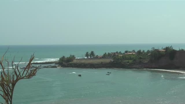 WS ZO View of village nearby sea / PE, Belize