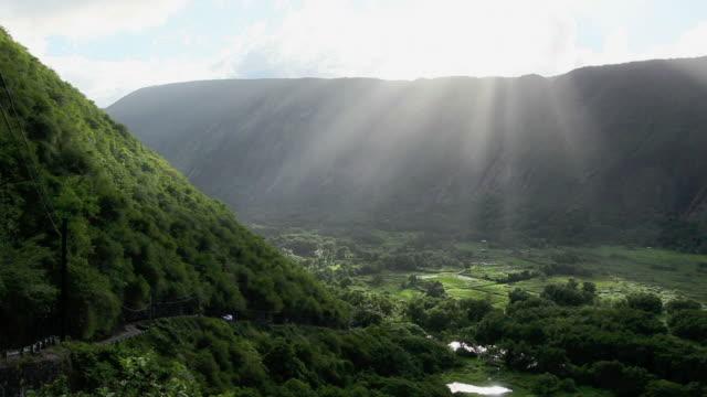 WS PAN View of Waipio valley near Maui Island / Waipio, Waipio valely, Hawaii, The Big Island, USA