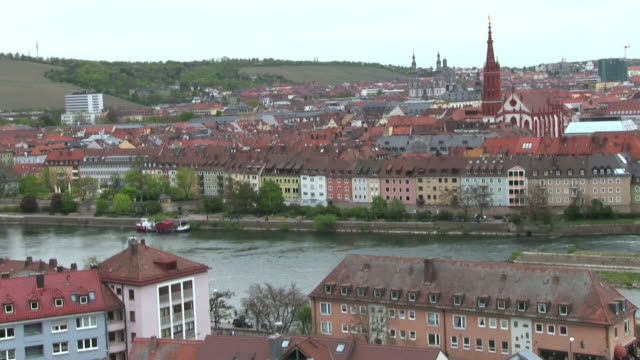 WS PAN View over river Main passing through old town / Wurzburg, Bavaria, Germany