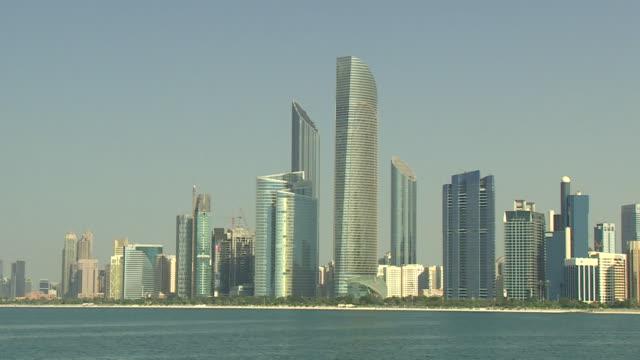 Views of the Abu Dhabi skyline and landmarks