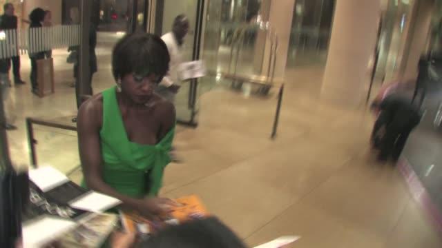 Viola Davis greets fans in Beverly Hills