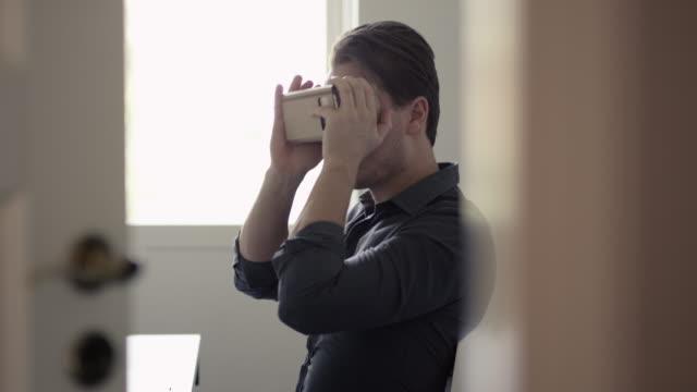 Virtual Reality Headset in Cardboard