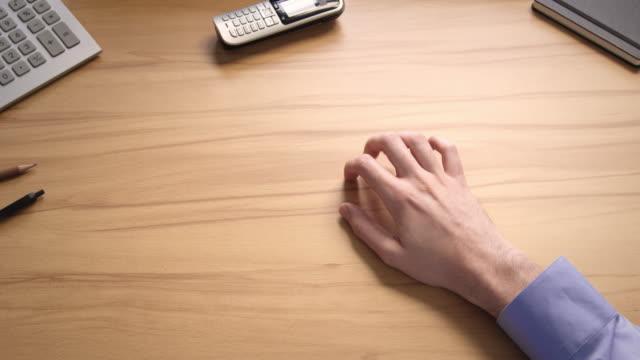 waiting gestures