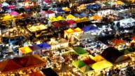 WS/Walking at Night market