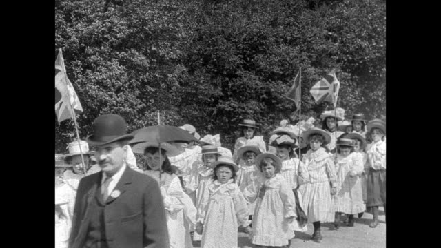 Warrington Walking Day Procession 1902
