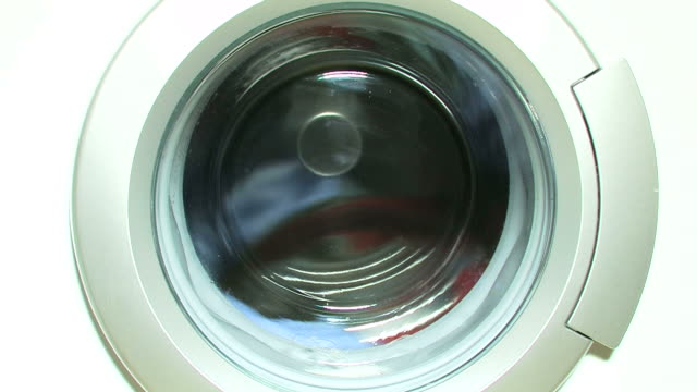 Washing machine with laundry