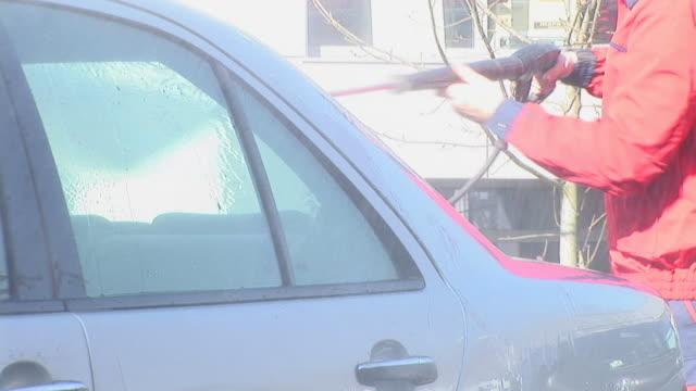 HD: Washing The Car
