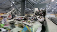 MS Waste paper recycling in paper mill / Glueckstadt, Schleswig-Holstein, Germany