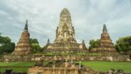 Wat Ratchaburana temple, Ayutthaya - 4K Time lapse