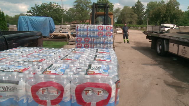 WGN Water Bottles Being Delivered Collected for Hurricane Harvey Victims in Round Lake Illinois near Chicago on Aug 30 2017