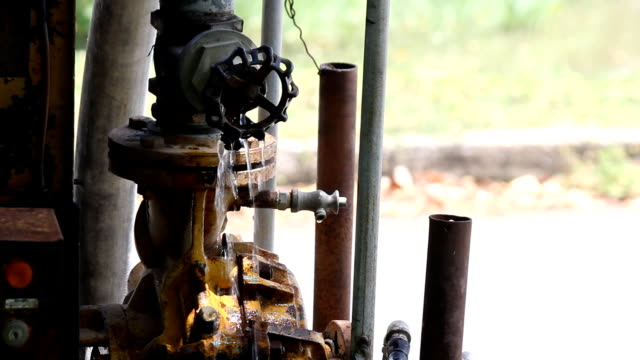 Water pipeline leak.Part 4