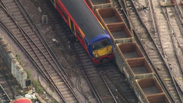 Waterloo Station platforms reopen after expansion LIB / TX AIR VIEWS / AERIALS derailed train