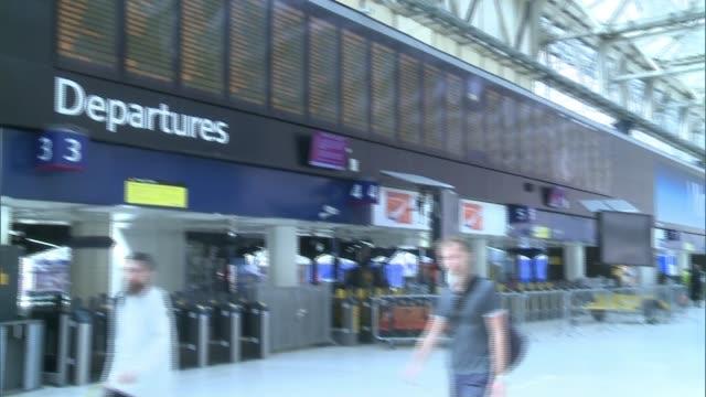 Waterloo Station platforms reopen after expansion TILT DOWN departure boards