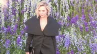 We spotted the young actress Elizabeth Olsen attending the Dior Spring Summer 2016 Fashion Show in Paris and as her famous sisters she was avoiding...