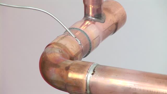 HD: Welding A Pipe