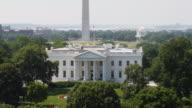 ZO WS HA White House with Washington Memorial and Jefferson Memorial in background / Washington D.C., USA