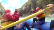 SLO MO Whitewater Rafters In azione