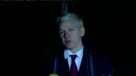 Julian Assange and Mark Stephens speaking to press outside court ENGLAND London Belmarsh Magistrates' Court PHOTOGRAPHY** Mark Stephens and Julian...