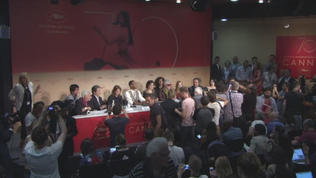 Will Smith Jessica Chastain Paolo Sorrentino Pedro Almodovar Fan Bingbing Park Chanwook Maren Ade Agnes Jaoui Gabriel Yared at Jury Press Conference...