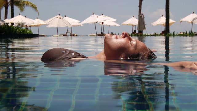 Woman in Pool (HD 1080)