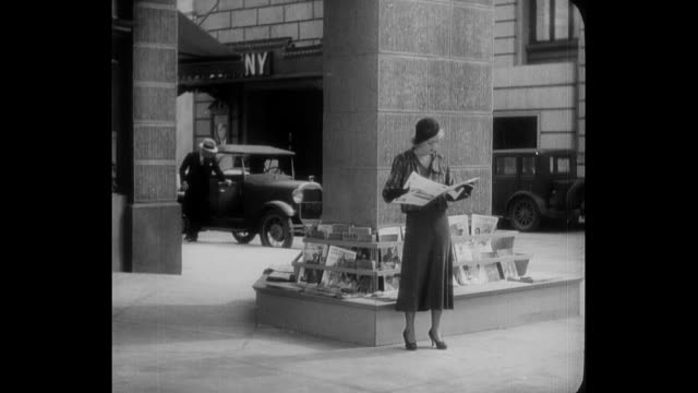 A woman (Bette Davis) is upset about her fiancé's (Pat O'Brien) tardiness