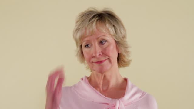 MCS woman making facial expressions
