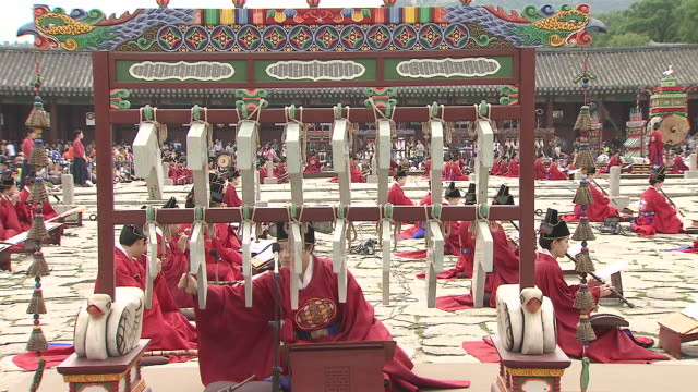 MS Woman Playing traditional instrument in revial event of Joseon dynasty at gyeongbokgung royal palace AUDIO / Seoul, South Korea