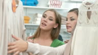 HD: Die Frauen haben Spaß Shopping
