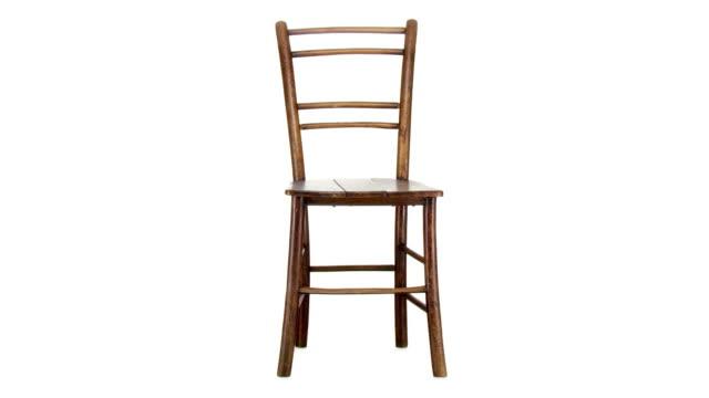 HD LOOP: Wooden Chair