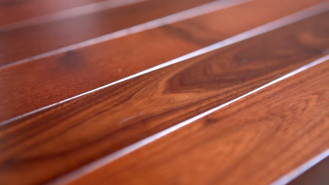 Wooden table (HD)