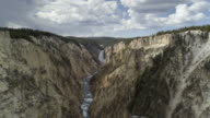 T/L WS Yellowstone River headed by Yellowstone Falls, Yellowstone National Park, Wyoming, USA