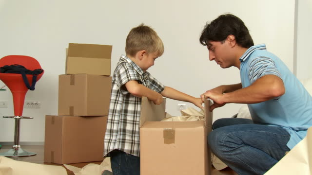 HD DOLLY: Young Family Moving Into New Home