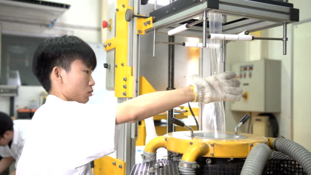 young scientist control blown film extruder