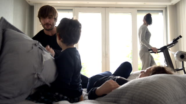 DOLLY: Young Turkish family pillow fighting