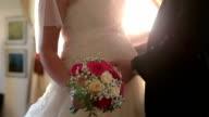 Giovane Coppia di sposi