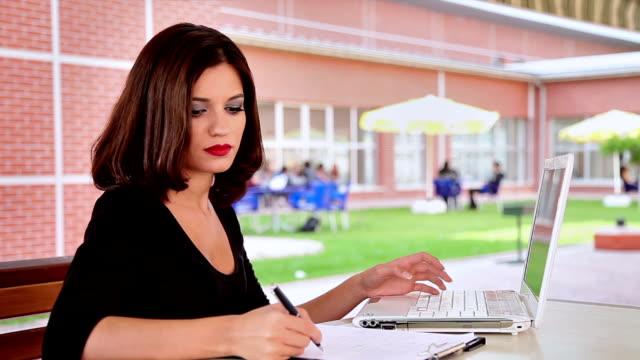 Laptop note taking