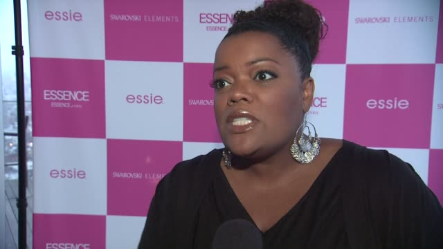 Yvette Nicole Brown about being in the issue and chats about her besties Sherri Shepherd at the ESSENCE's Wendy Williams Cover Party/Girlfriend's...