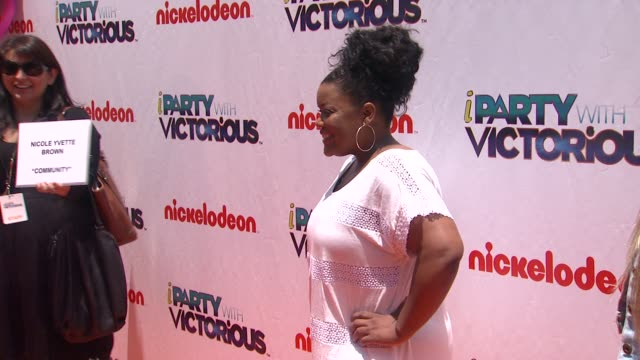 Yvette Nicole Brown at the Nickelodeon's 'iParty With Victorious' Premiere at West Hollywood CA