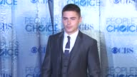 Zac Efron at the 2011 People's Choice Awards Arrivals at Los Angeles CA