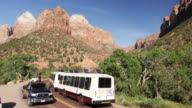 Zion shuttle and traffic